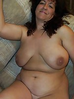 white sexy milf loves sucking cock